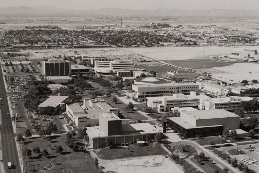 """alt=""""UNLV Campus circa 1994"""""""